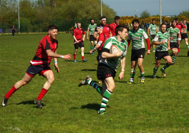 Johnny Thomas scored two tries in Whitlands win