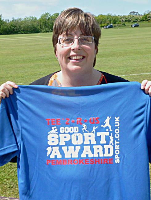 Ann-Marie collects her Good Sports award from PembrokeshireSport.co.uk last year