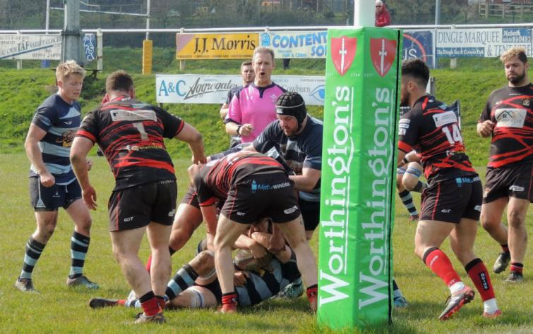 Narberth go close but are denied