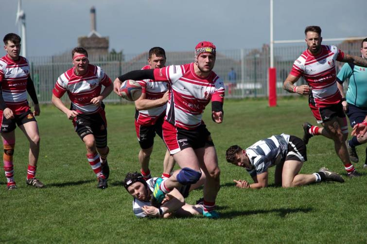 Sam Dolling scored four tries for Milford Haven who thrashed the Pembroke Dock Quins to clinch the Division Three (West) A league title