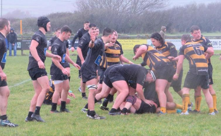 St Davids and Neyland battle in the rain