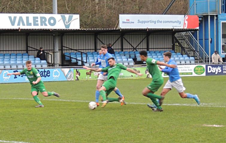 Good defence by Cwmbran Celtic