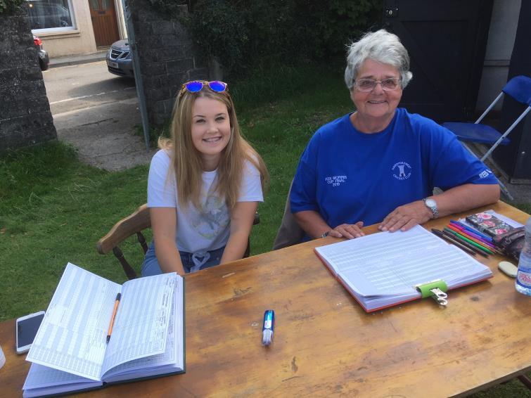 Scorers Chelsea Morris and Alison Sanders