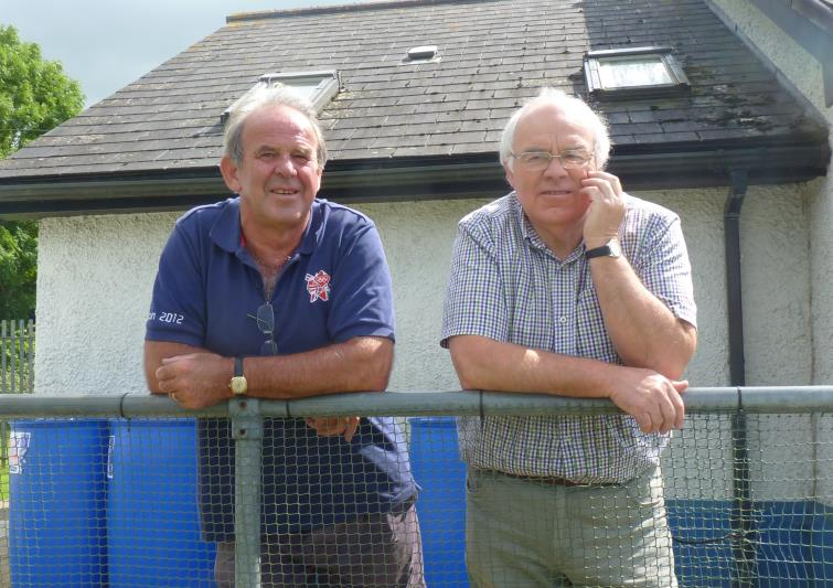 Barry with old friend John Gwyther, the ex-manager of Milford United