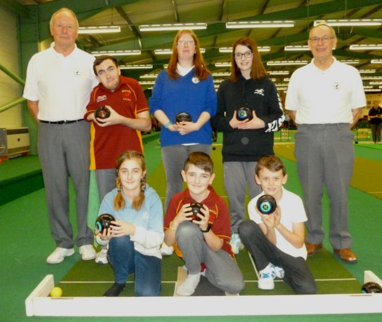 Junior bowlers with Clive Law and Gordon Williams