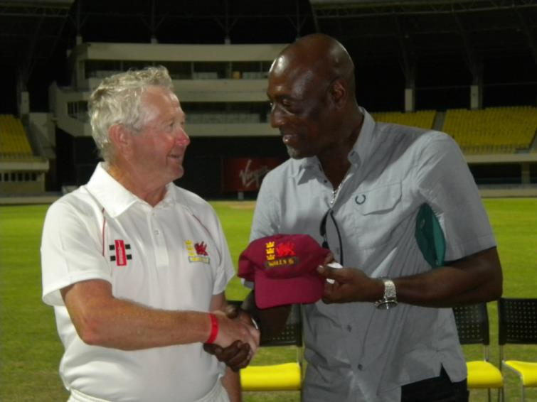 Nick Evans and Sir Viv Richards