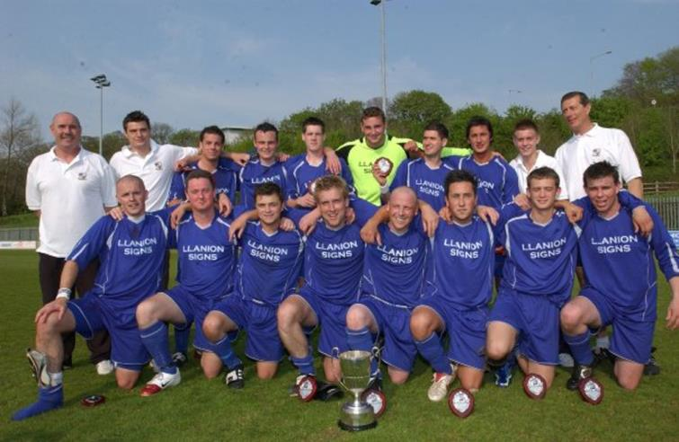 2007 Monkton Swifts team who won the double in 2007