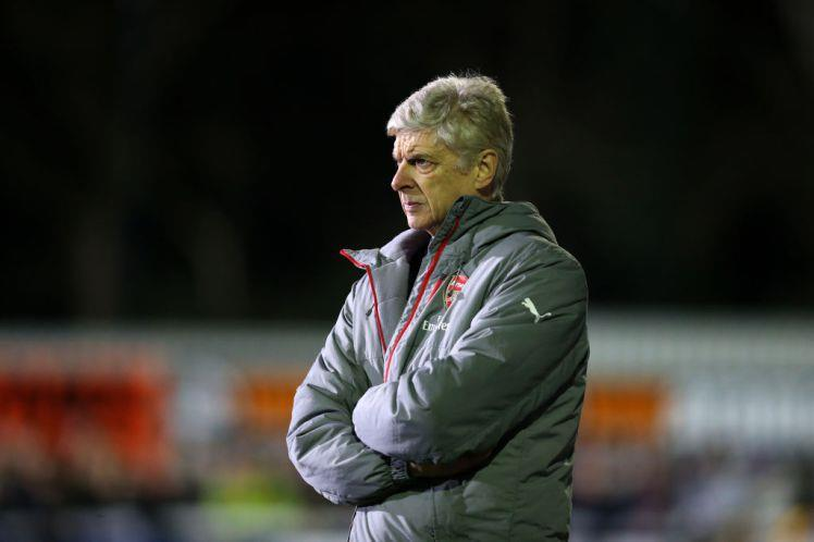 Is Arsene Wenger  really under pressure at Arsenal?